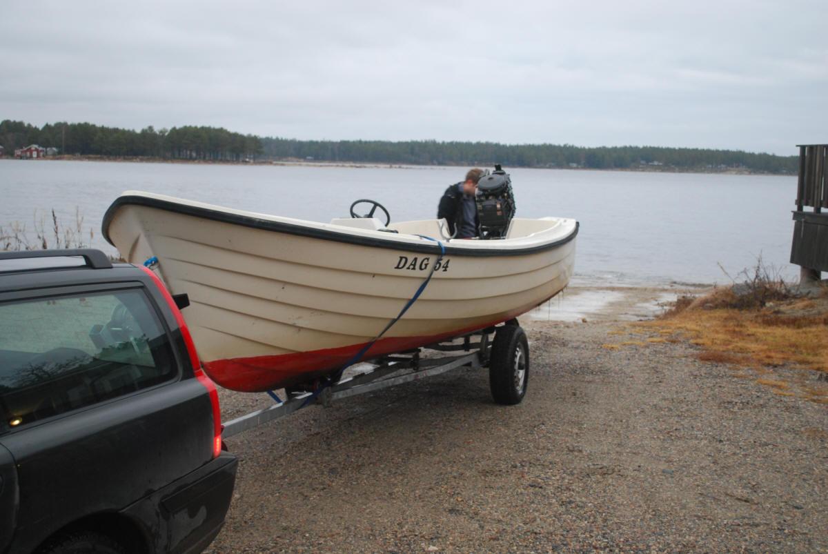 2:a advent, vintern står för dörren, sista båten tas upp (Pelles)
