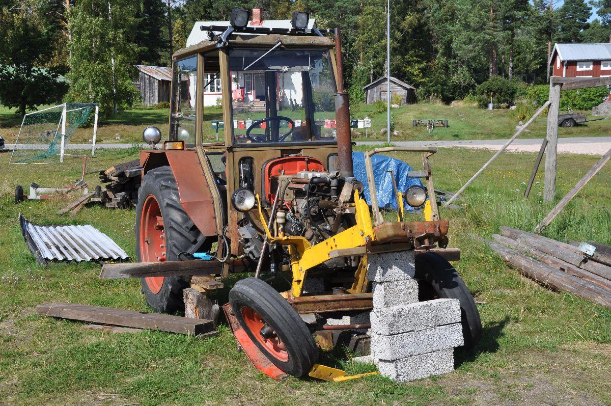 110825 Traktorn